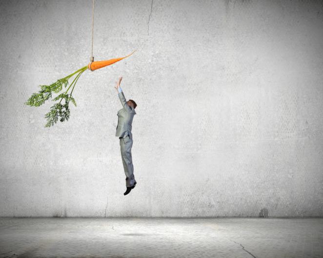 dangle-carrot